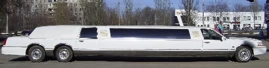 Единственный в восточной Европе трехосный Lincoln на 12 персон напрокат